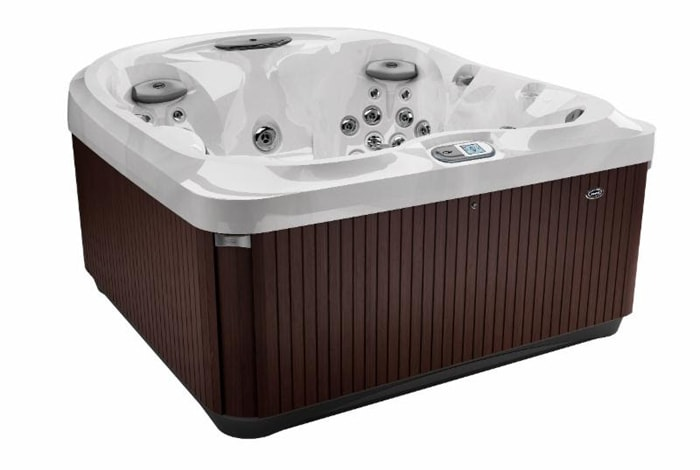 jacuzzi J-435 in Prince George, BC