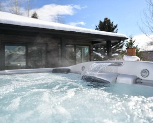 How to Choose an Affordable Hot Tub That's Still High Quality